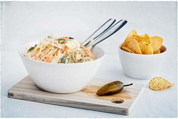 salatka coleslaw z jalapeño