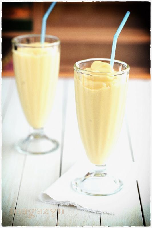 MK mango smoothie