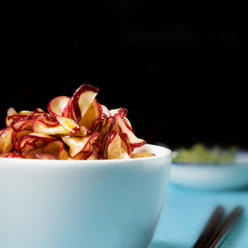 Marynowane rzodkiewki w sosie sojowym, po chińsku