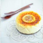 Urodzinowy sernik brûlée z karmelowym, chrupiącym wierzchem