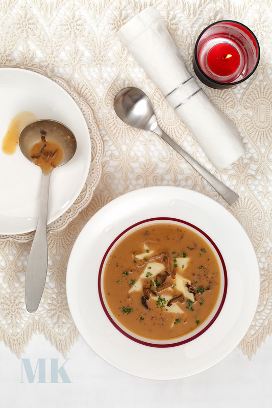 zupa grzybowa z lazankami