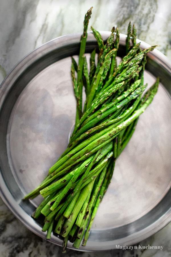 szparagi-grillowane