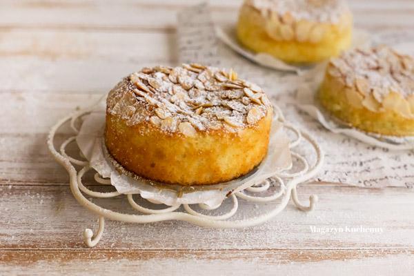 Cytrynowe ciasto z migdałami i ricottą