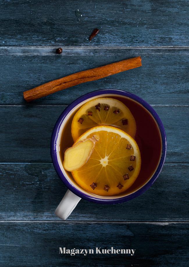 Rozgrzewająca herbata zimowa