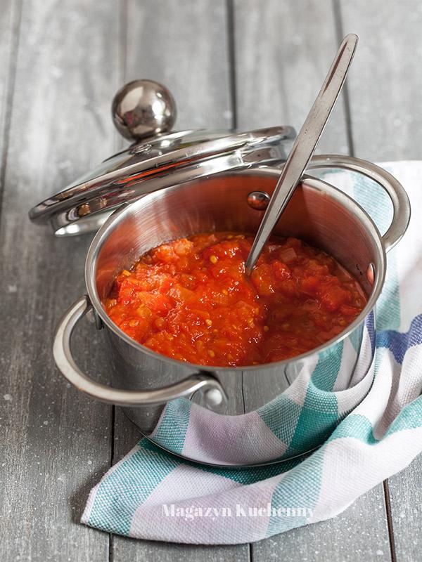 sos-pomidorowy-przepis-podstawowy