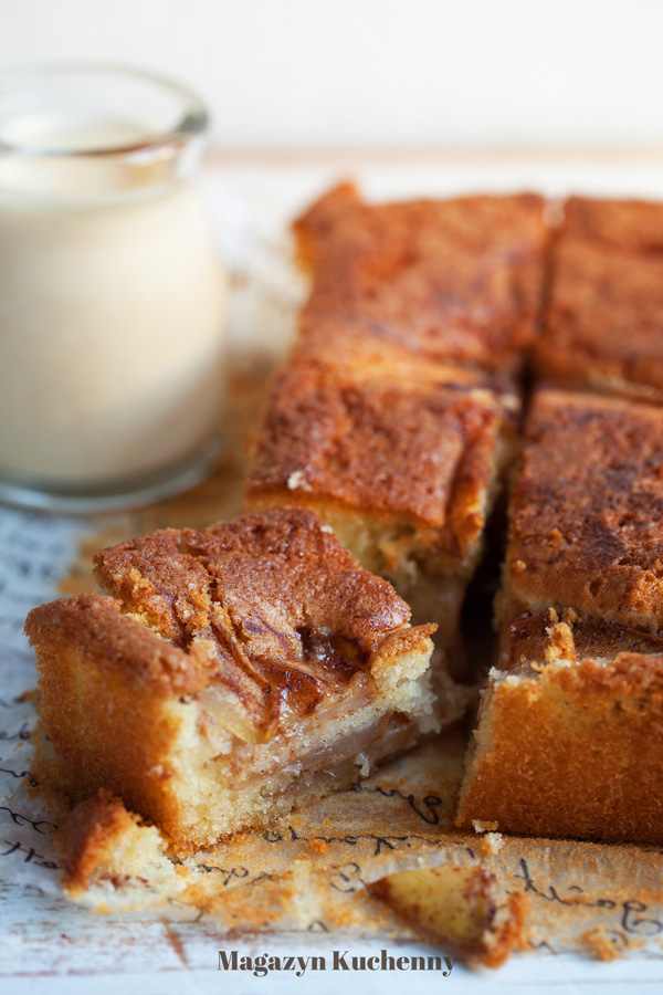 ciasto-z-gruszkami-i-kardamonem