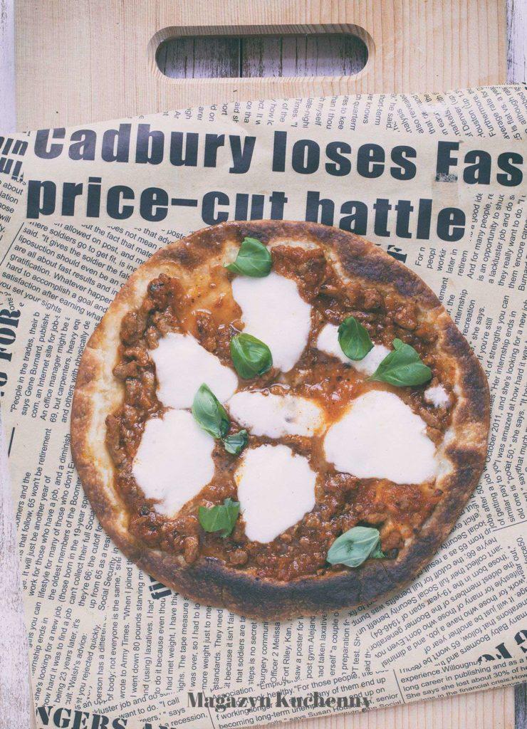 MK--pizza--na--tortilli--sos--bolonski--mozzarella