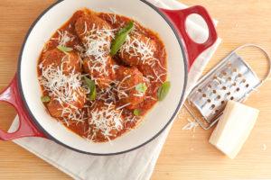 Włoskie klopsy w sosie pomidorowym