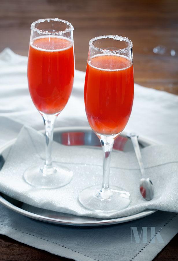 Truskawkowa mimoza na Dzień Zakochanych