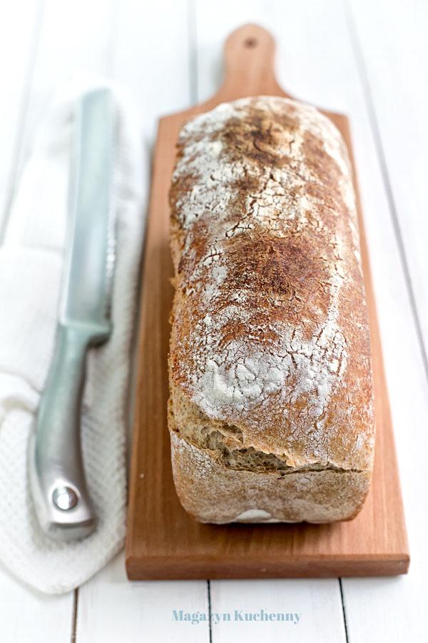 chleb-pszenno-zytni-caly