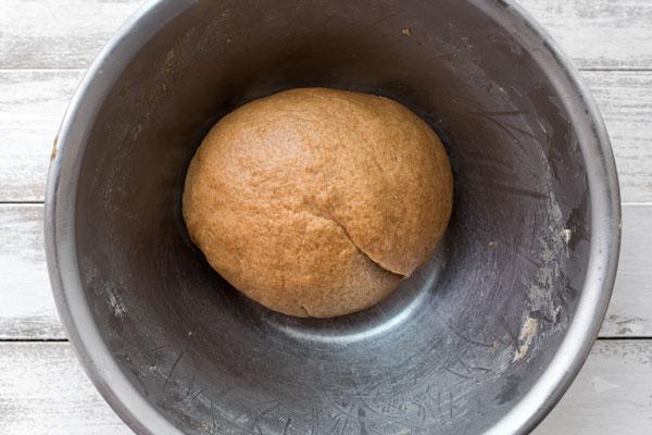 chlebek cynamonowy biga