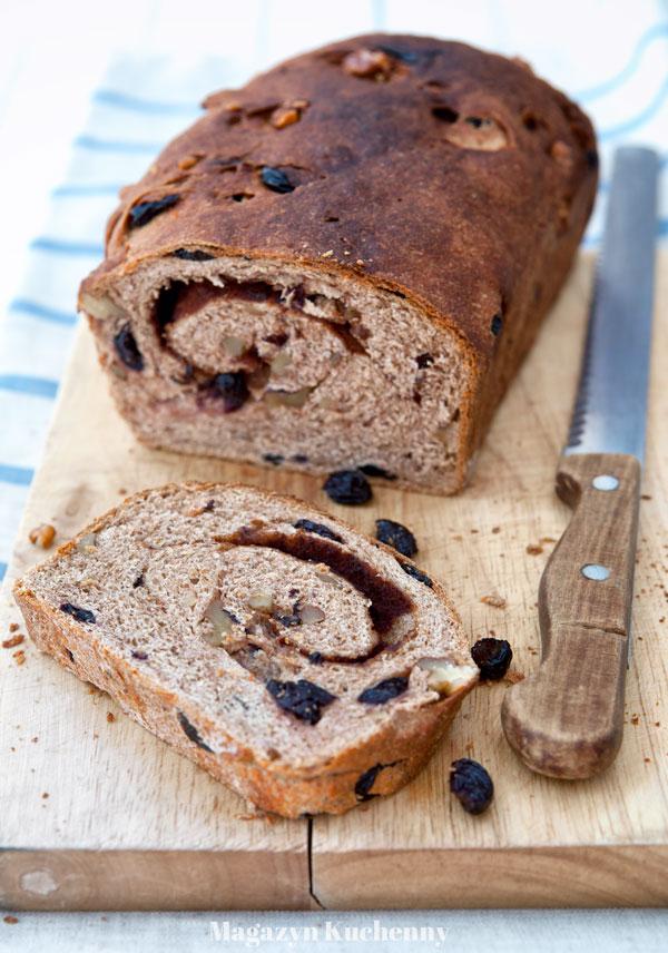Słodki chleb z cynamonem