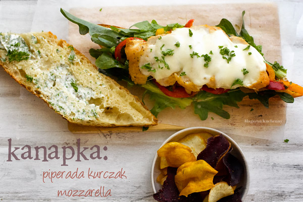 kanapka-piperada-kurczak-mozzarella