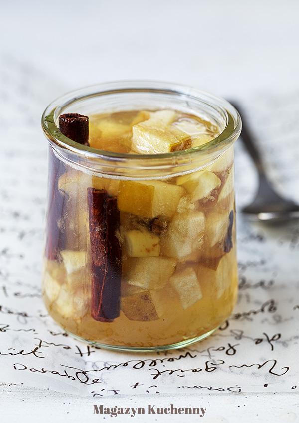 Jabłkowa herbatka z piekarnika
