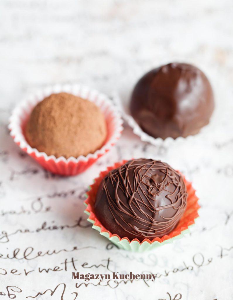 MK--pralinki--bakaliowe--w--czekoladzie