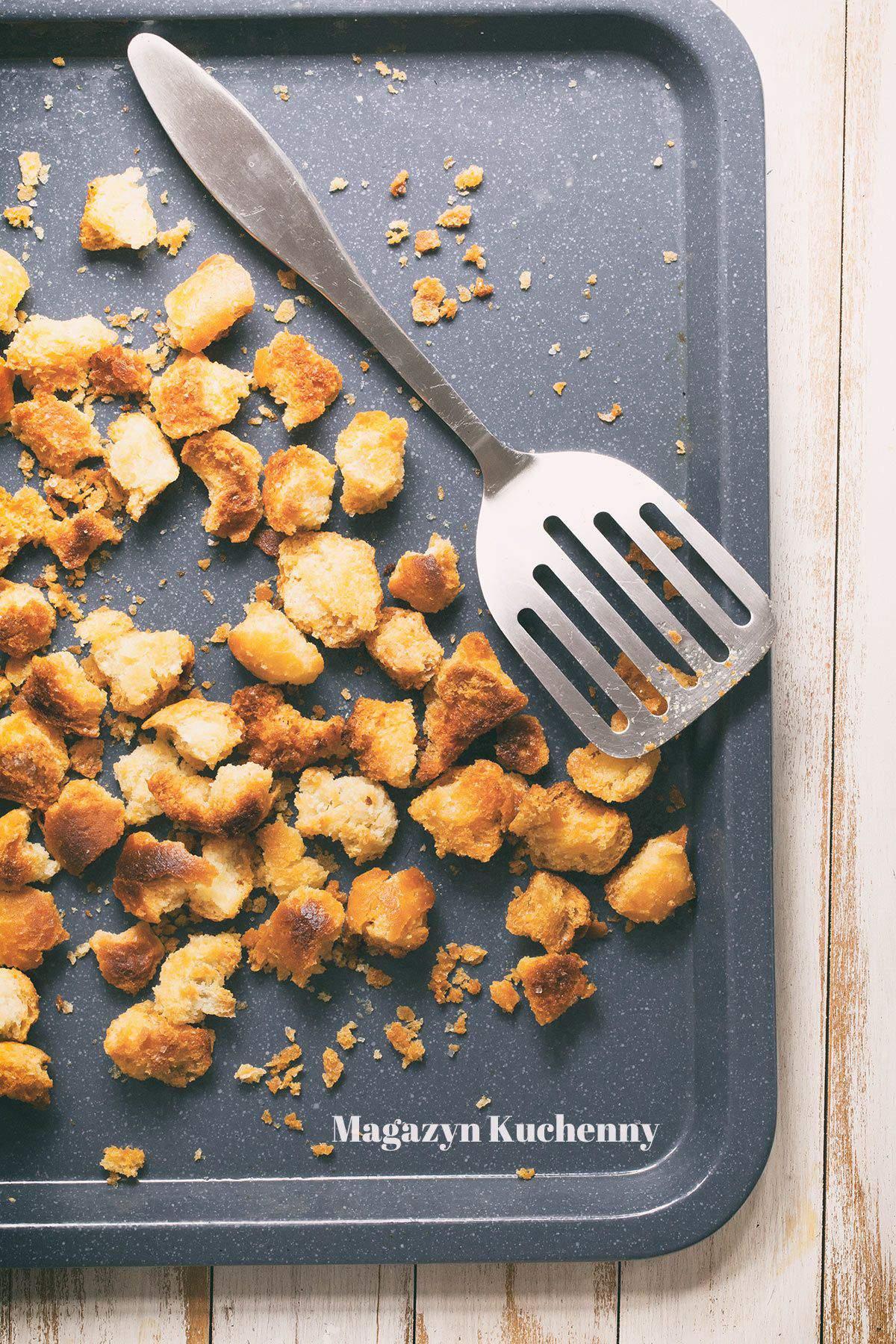 Jak zrobić grzanki do sałatek i zup?
