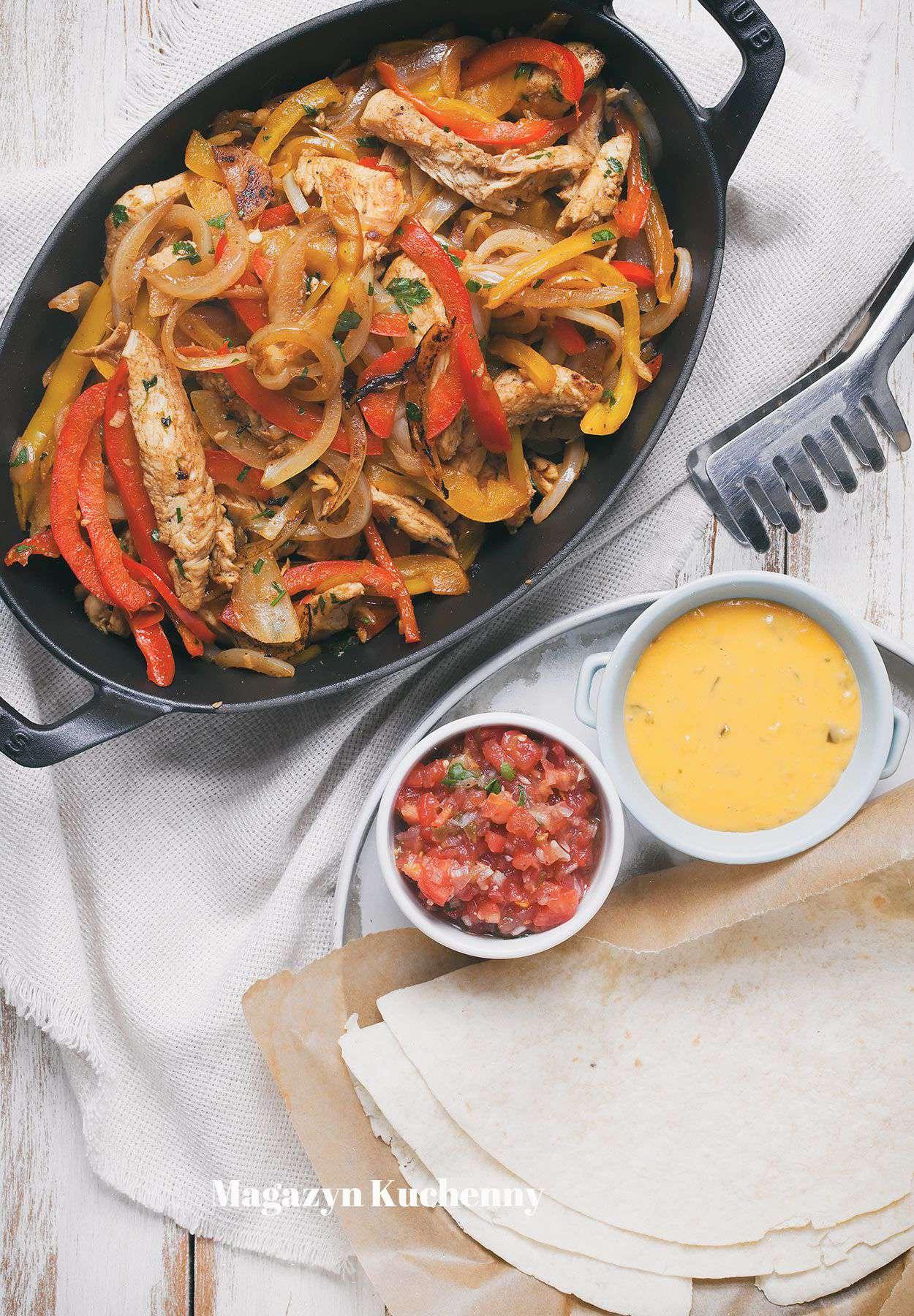 Fajitas z kurczakiem i warzywami