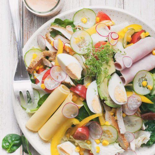 salatka szefa kuchni z rosyjskim dressingiem