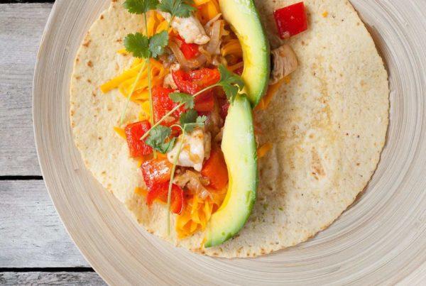 Enchilada z kurczakiem i awokado - składniki