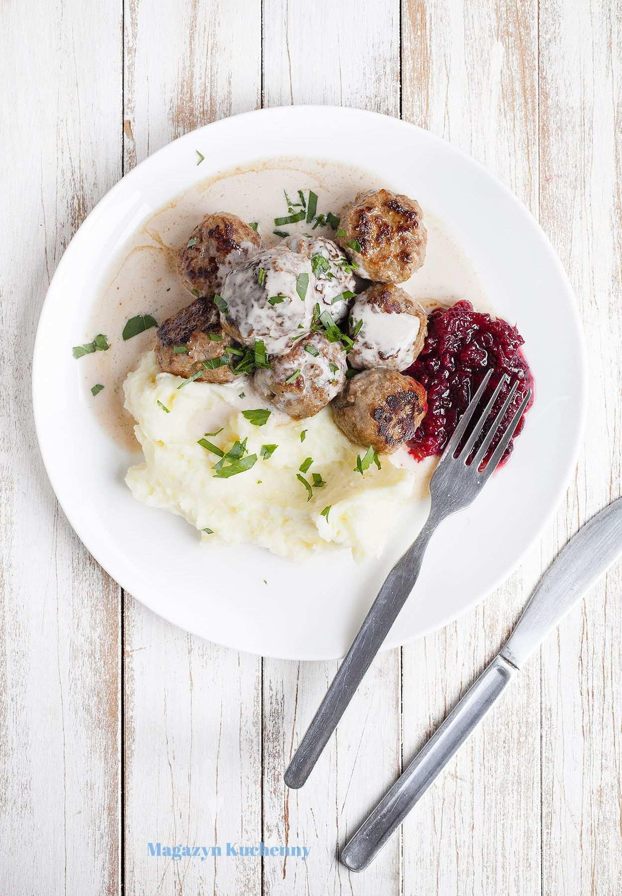 Klopsiki szwedzkie z sosem śmietanowym