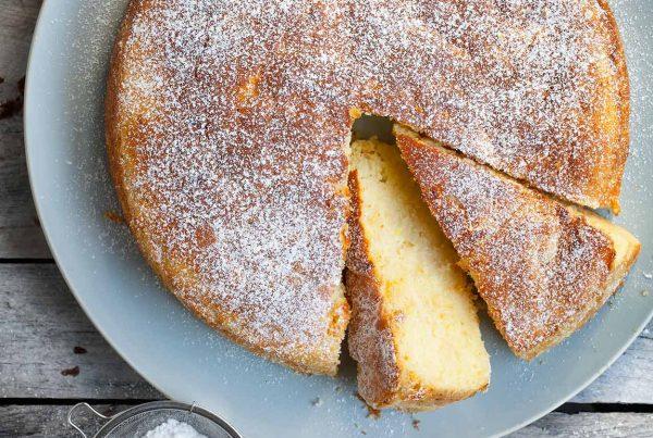 Włoskie ciasto z ricottą i jabłkami